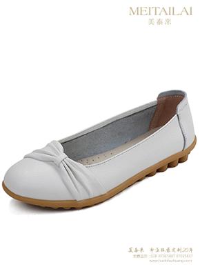 白色牛皮护士鞋