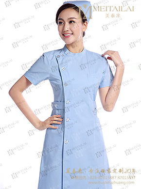 <b>拼色短袖护士服</b>